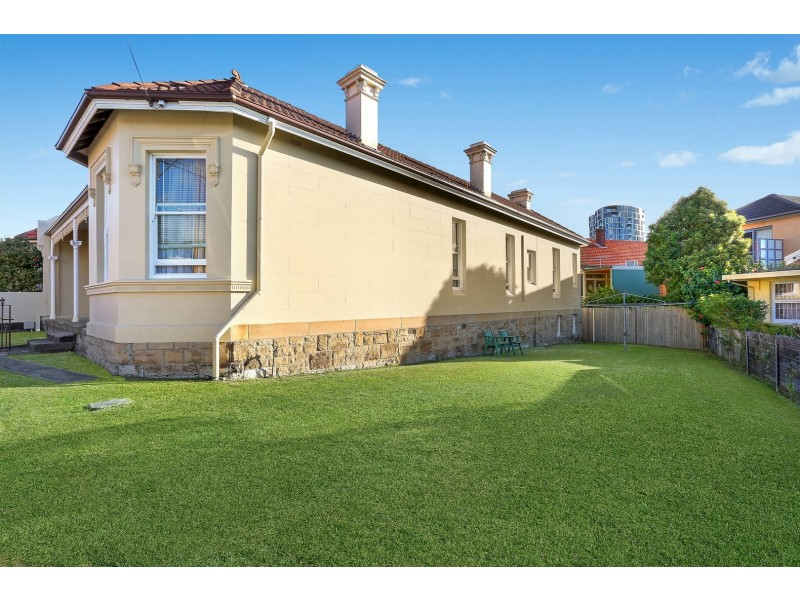 14 Waverley Crescent, Bondi Junction NSW 2022