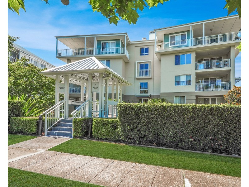 105/8 Village Drive, Breakfast Point NSW 2137
