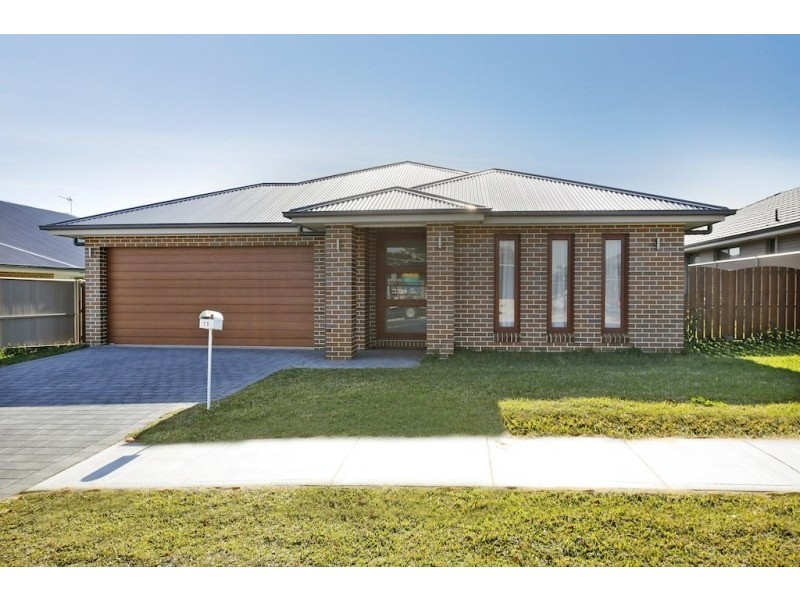 15 Danvers Road, Spring Farm NSW 2570