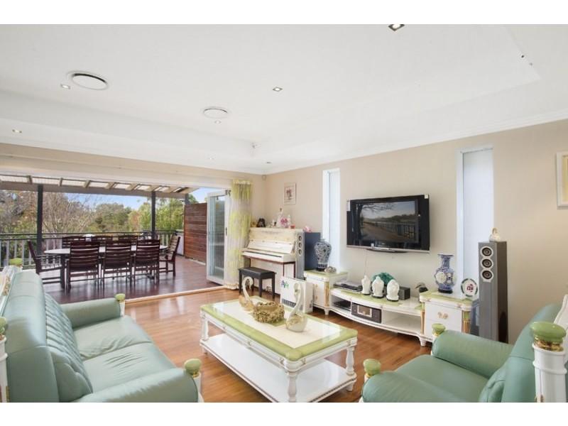 10 Binalong Avenue, Allambie Heights NSW 2100