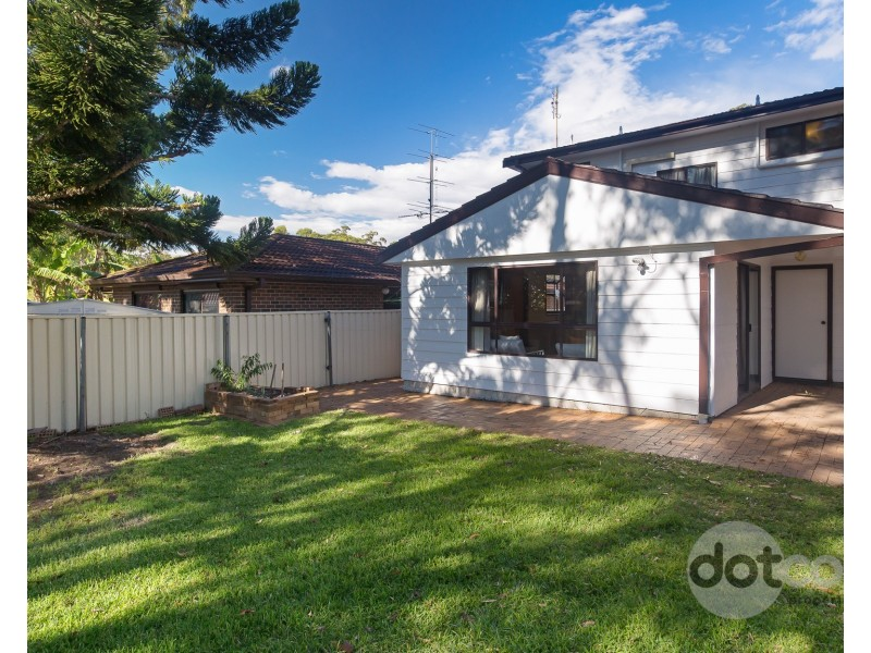15 Summerland Road, Summerland Point NSW 2259