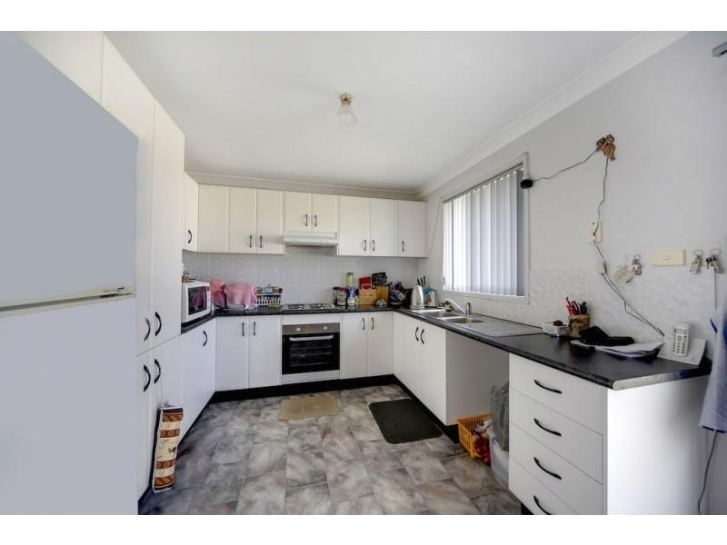 62 Crommelin Street, St Helens Park NSW 2560