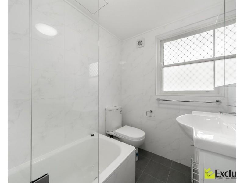 2/49 MacKenzie Street, Leichhardt NSW 2040
