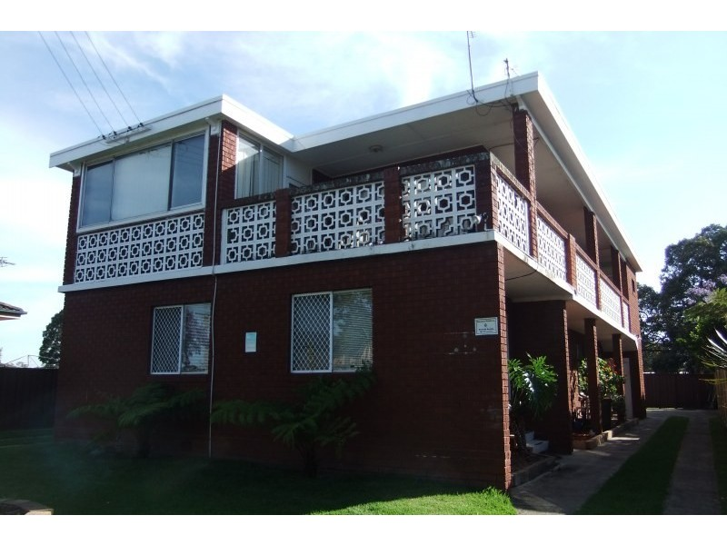 3/4 St Lukes Parade, Brownsville NSW 2530