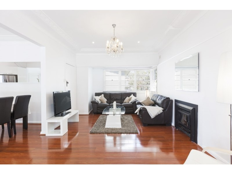 11 Wentworth Street, Dolans Bay NSW 2229