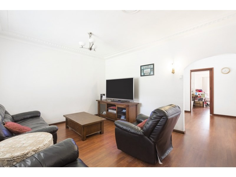 196 Gymea Bay Road, Gymea Bay NSW 2227