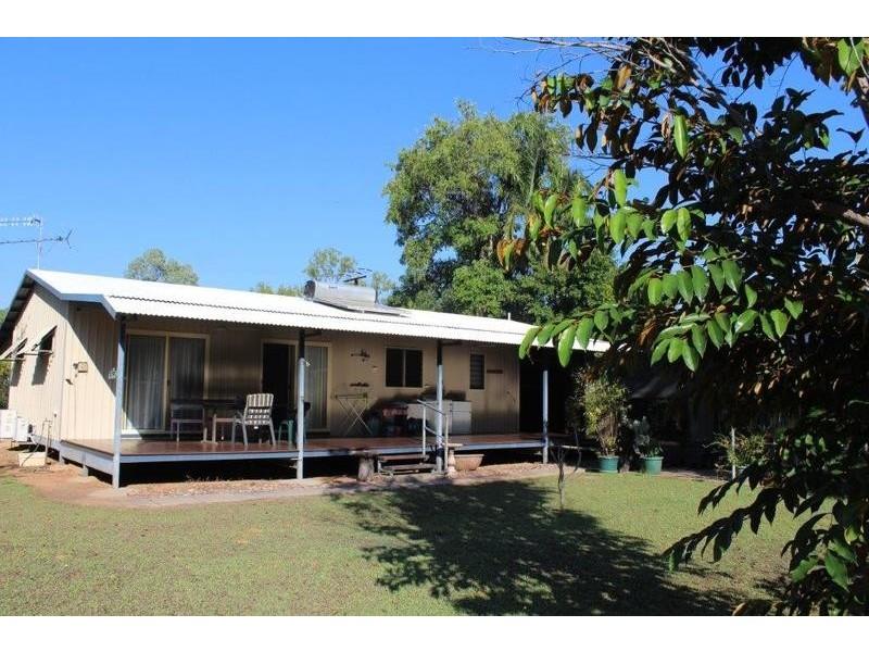 33 Hatt Street, Adelaide River NT 0846