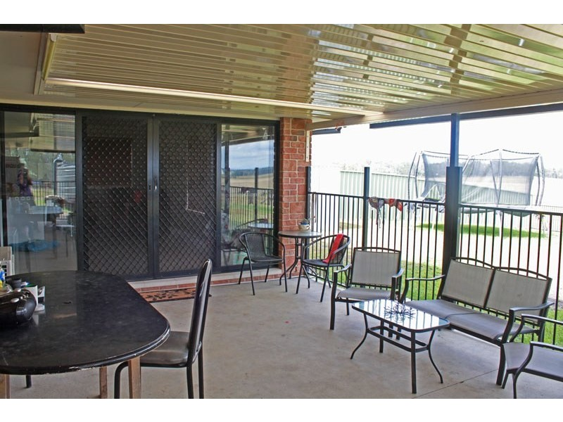 42 Bunya Pines Court, West Kempsey NSW 2440