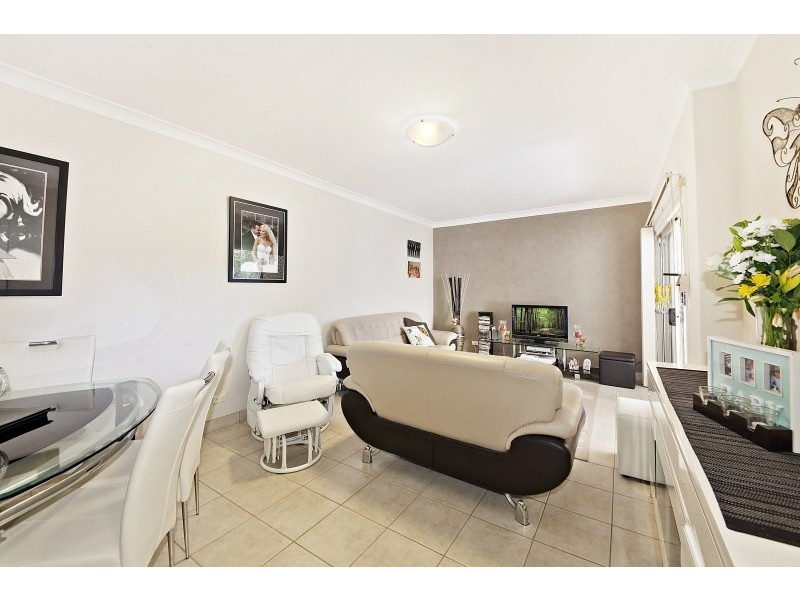 2/38 Minter Street, Canterbury NSW 2193