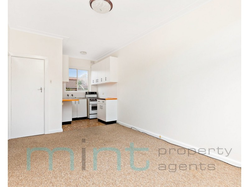 12/7 Queensborough Road, Croydon Park NSW 2133