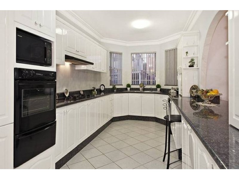 7 Bruce Avenue, Belfield NSW 2191