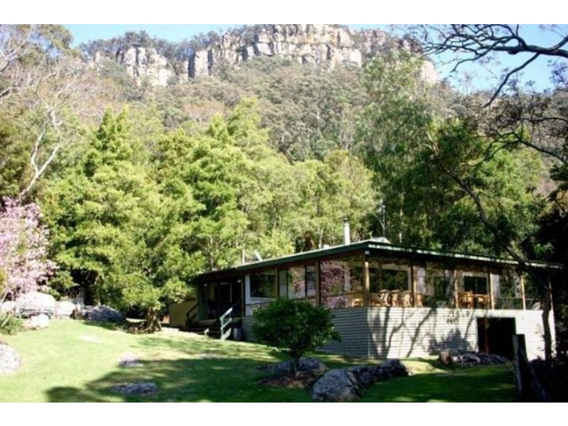 102 Mellows Road, Calderwood NSW 2527