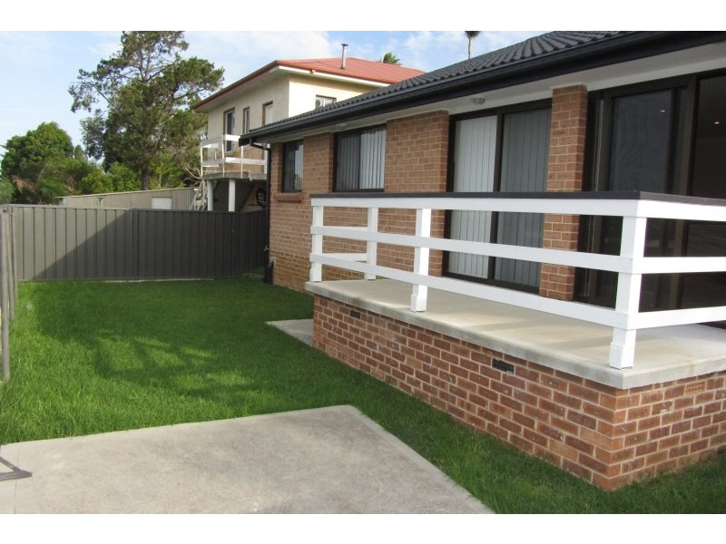 30A Lindsay Street, Unanderra NSW 2526