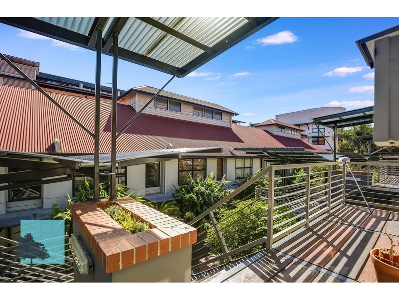 139 Commercial Road, Teneriffe QLD 4005