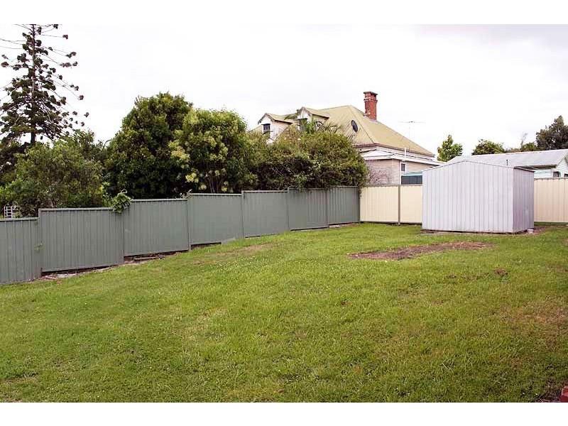 4 Tozer Street, West Kempsey NSW 2440