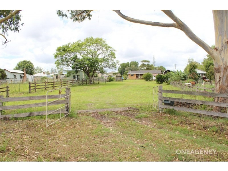 36 Marsh Street, West Kempsey NSW 2440