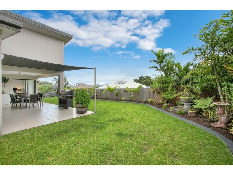 21 Ainscow Drive, Bentley Park QLD 4869