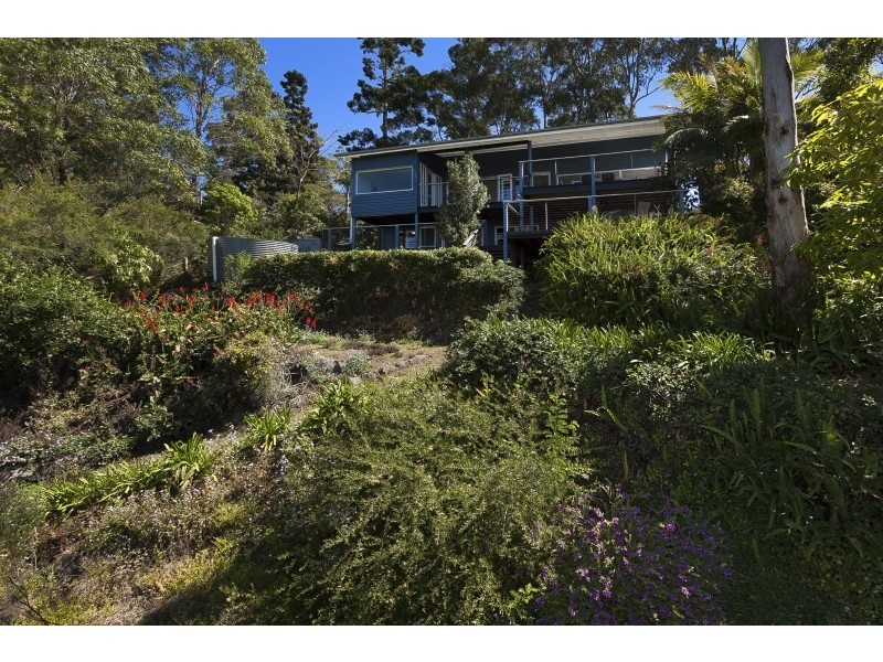 16 Benson Lane, Mount Nebo QLD 4520