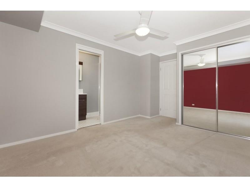 28 Conebush Crescent, Bellbowrie QLD 4070