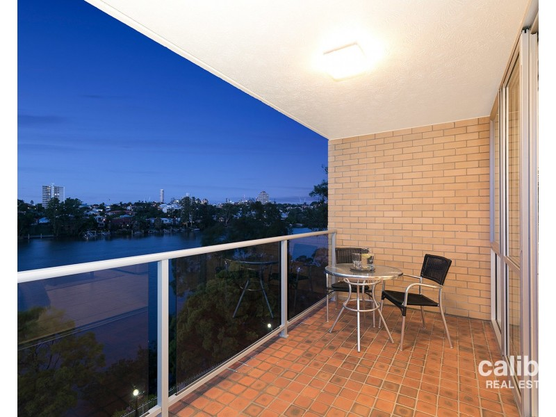 13/122 Macquarie Street, St Lucia QLD 4067