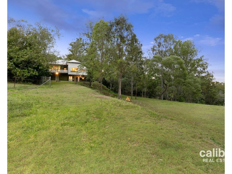 33 Riversleigh Road, Bellbowrie QLD 4070