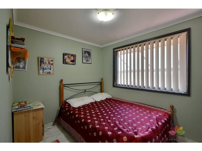 18 Aldinga Place, Claremont Meadows NSW 2747