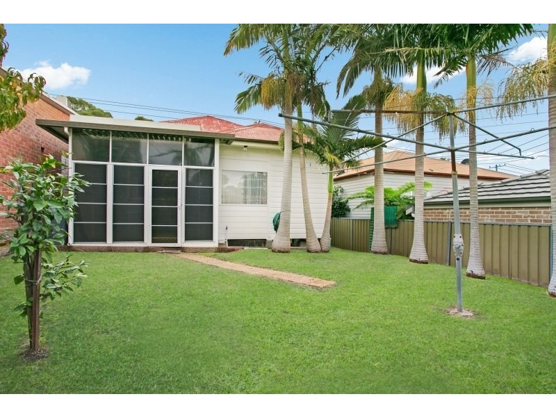 589 Glebe Road, Adamstown NSW 2289