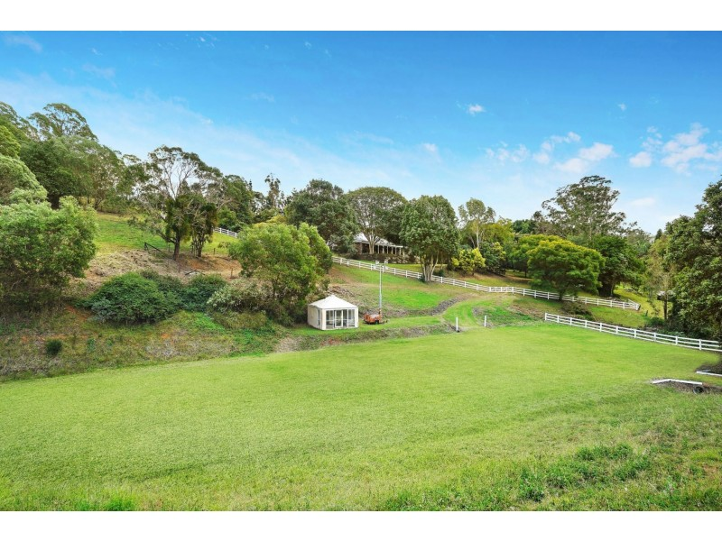 348 Gold Creek Road, Brookfield QLD 4069