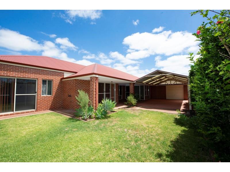 37 Avalon road, Australind WA 6233