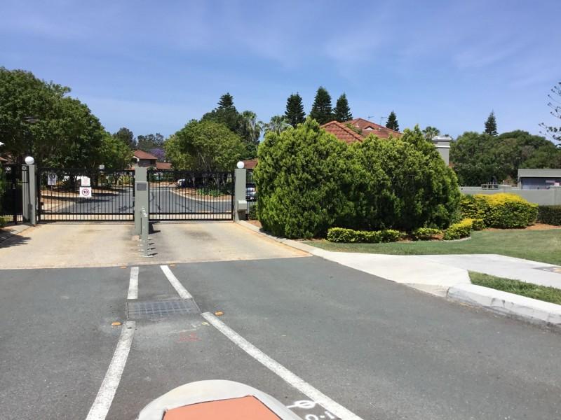 57/19 Santa Barbara Road, Hope Island QLD 4212