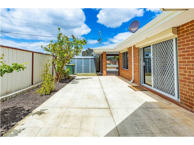 2a Violet Street, Middle Swan WA 6056