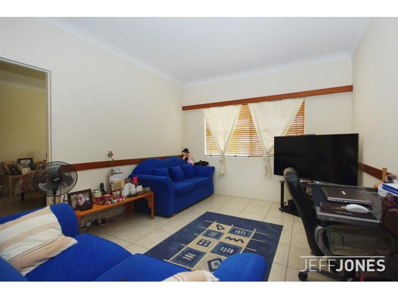 4/4 Stamford Street, Yeerongpilly QLD 4105