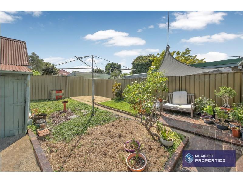 57 Station Street, Tempe NSW 2044