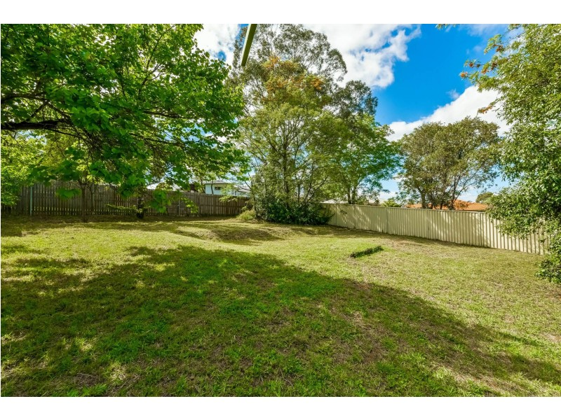 72 Remembrance Drive, Tahmoor NSW 2573