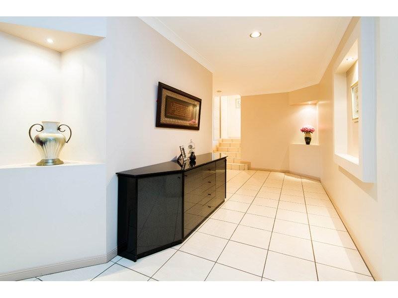 38 Craig Street, Wishart QLD 4122