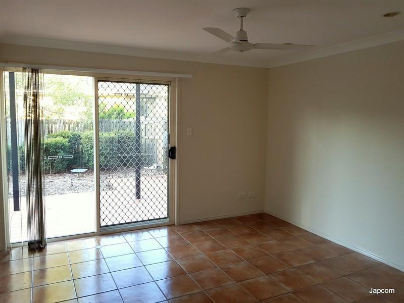 26 Buckingham Place, Eight Mile Plains QLD 4113