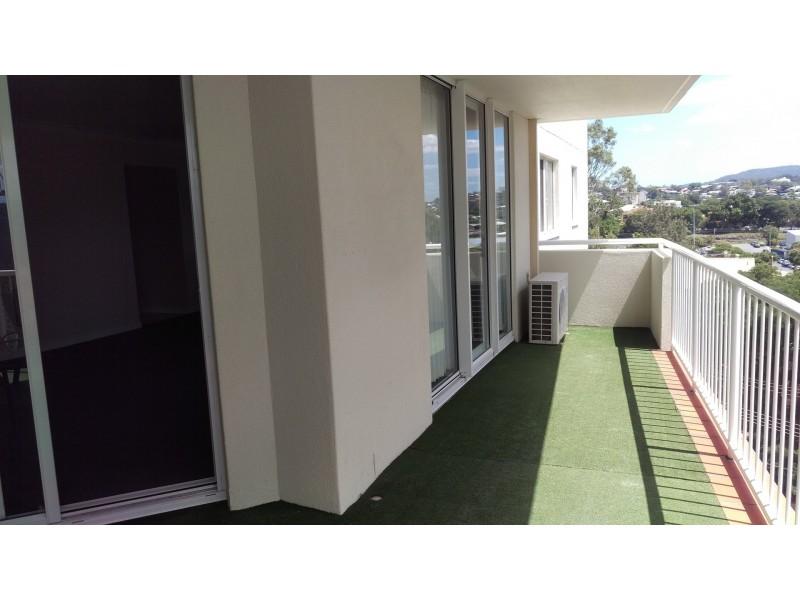 18 dunmore terrace, Auchenflower QLD 4066