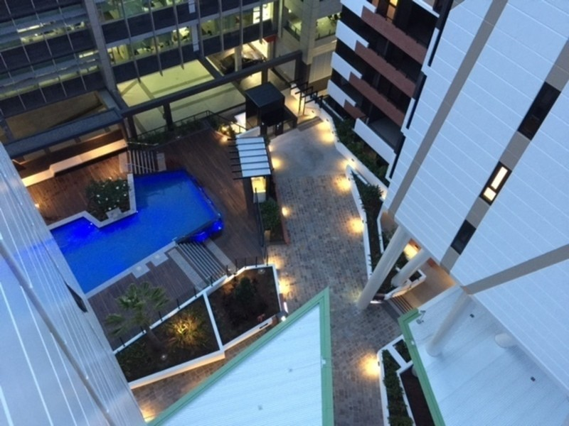 1091/9 Edmondstone Street, South Brisbane QLD 4101