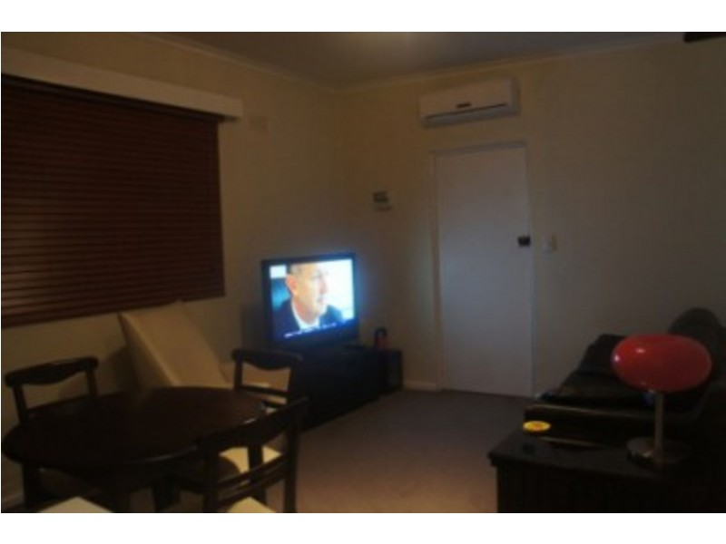 4/12 Marine Pde, Abbotsford VIC 3067