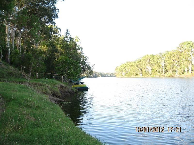 387 Pioneer Rd, Mungar QLD 4650