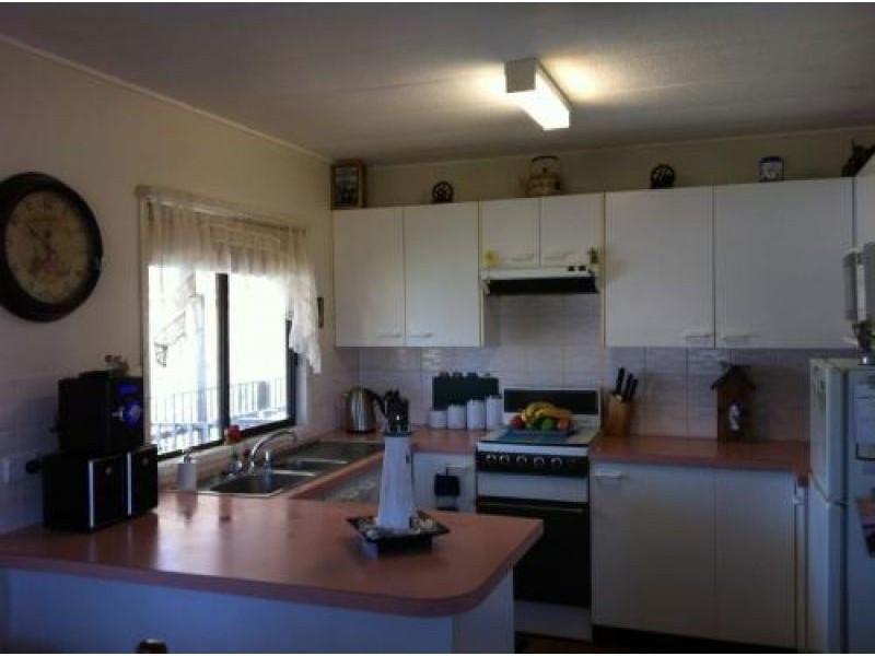 49 Centenary Ave, Tarcutta NSW 2652