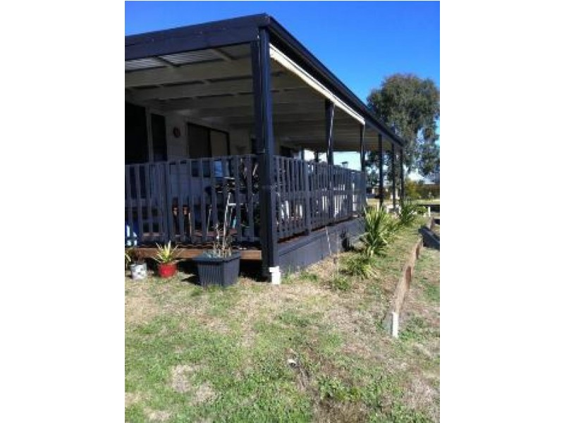 49 Centenary Ave, Tarcutta NSW 2652