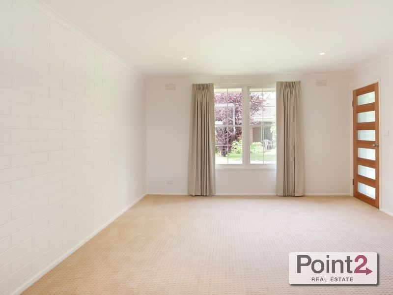 2/121 Mt Eliza Way, Mount Eliza VIC 3930