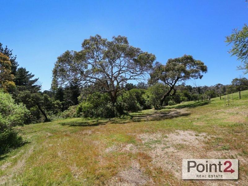 273 Canadian Bay Road, Mount Eliza VIC 3930