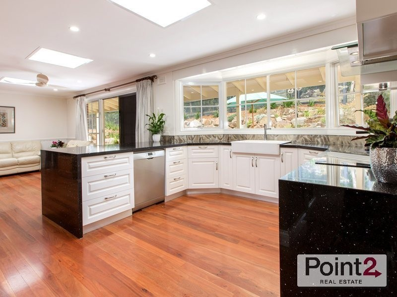 4 Mein Place, Mount Eliza VIC 3930