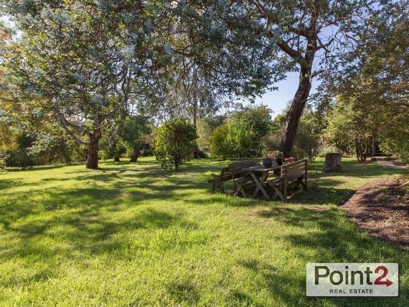 109 Winona Road, Mount Eliza VIC 3930