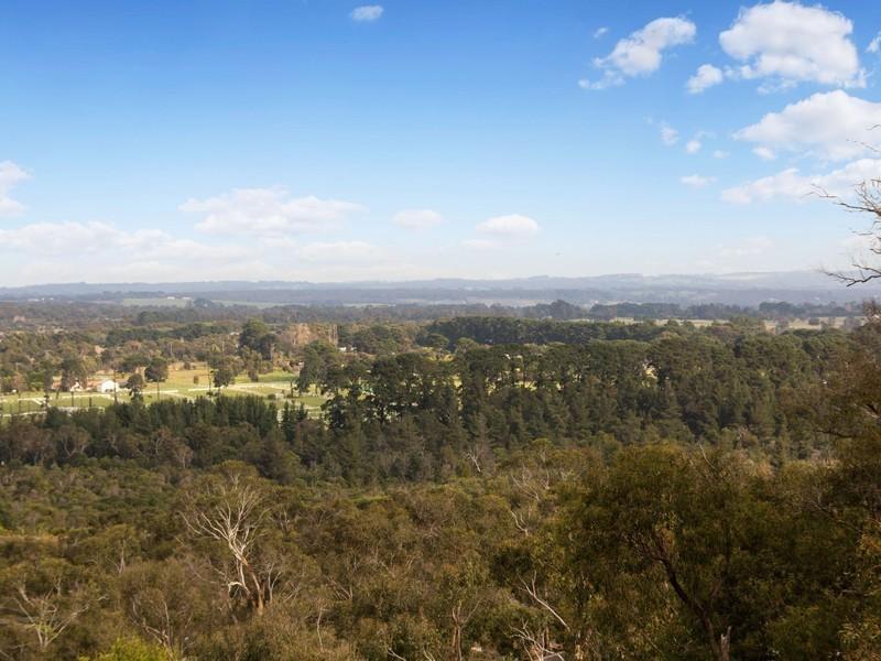 58-60 Eumeralla Grove, Mount Eliza VIC 3930