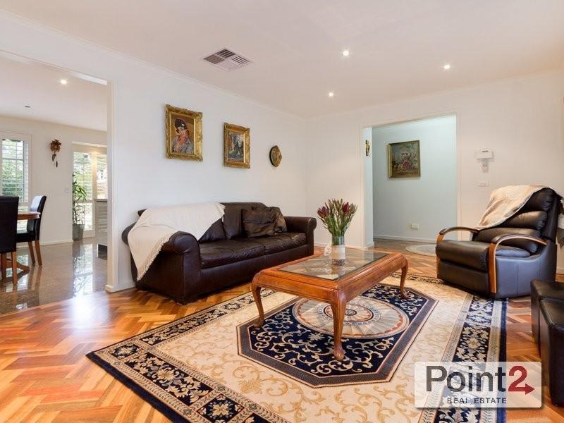 1/60 Wimborne Avenue, Mount Eliza VIC 3930