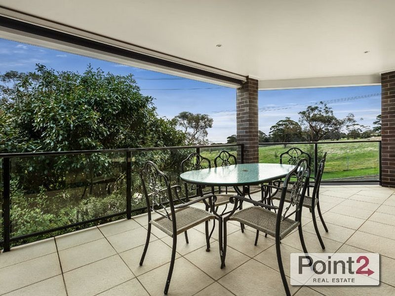 18 Albatross Avenue, Mount Eliza VIC 3930