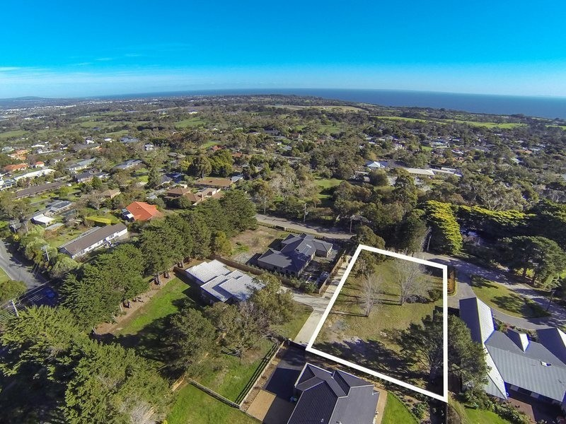 6  Clendon Close, Mount Eliza VIC 3930